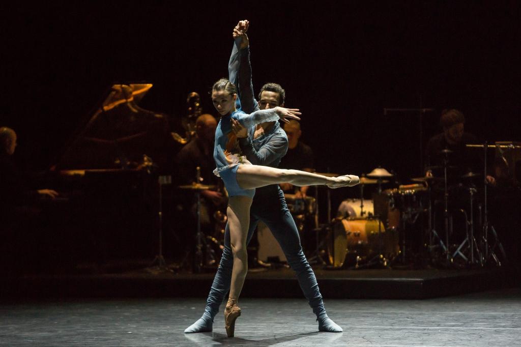 Restless: Ballett Zürich's alternative Christmas fare
