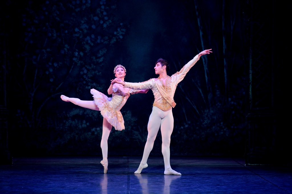Shiori Kase shines in English National Ballet's Nutcracker