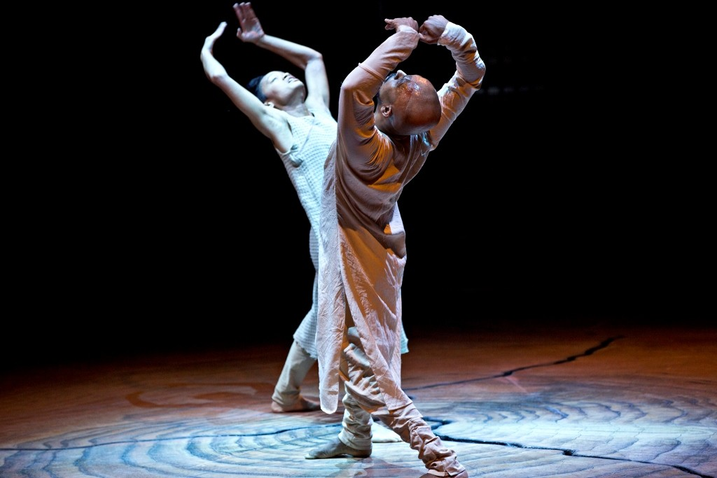 Akram Khan and Christine Joy Ritter in Until the LionsPhoto Jean Louis Fernandez