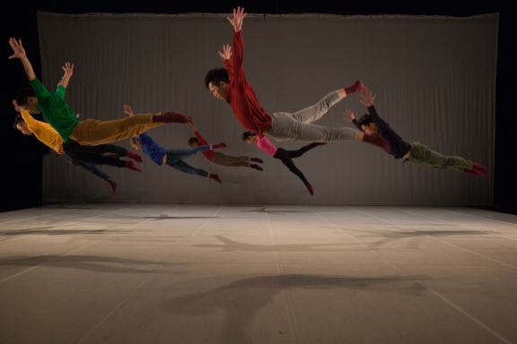 No Name by Yang Ming-lungPhoto Focus Dance