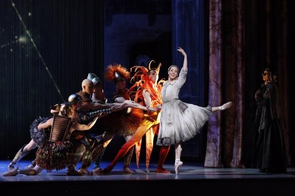 Leanne Stojmenov as CinderellaPhoto Jeff Busby