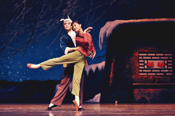 The White-Haired Girl, here with Li Chen Chen as peasant girl, Xi'erPhoto Shanghai Ballet