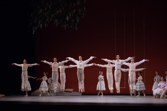 Hong Kong Ballet in Lady of the CamelliasPhoto Conrad Dy-Liacco