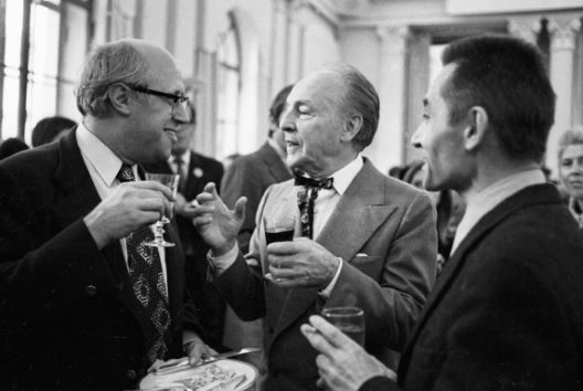 Yuri Grigorovich (right) with Mstislav Rostropovich (left) and George Balanchine at a reception during the 1972 New York City Ballet visit to MoscowPhoto RIA Novosti archive/Alexander Makarov