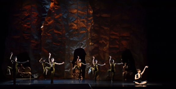 A journey in time along the Silk Road: Jade Dance Theatre's Crescent Spring