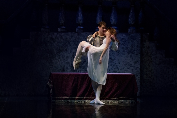 Erin McNeill as Juliet and Oliver Cooper as Romeo in Ballet Theatre UK's Romeo and JulietPhoto Daniel Hope