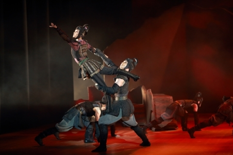 Hong Kong Dance Company in The Legend of MulanPhoto S2 Production