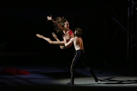 Ekaterina Shipulina as Undine and Artem Ovcharenko as PechorinPhoto Damir Yusupov