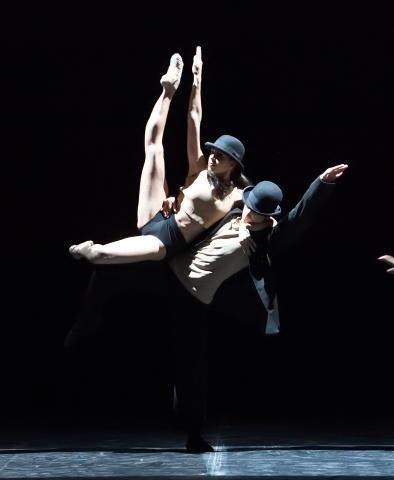 John Cranko School students in Alreddedor no hay nada by Goyo MonteroPhoto Stuttgart Ballet