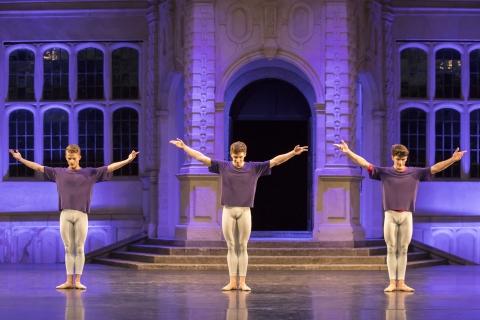 (l-r) Augustus Payne, Joshua Junker and Fernando Martin-Gullans in Hans van Manen's SoloPhoto The Royal Ballet School/Johan Persson
