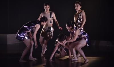 To Grin Like a Cheshire CatPhoto courtesy Jade Dance Theatre/ Lin Xiao-de