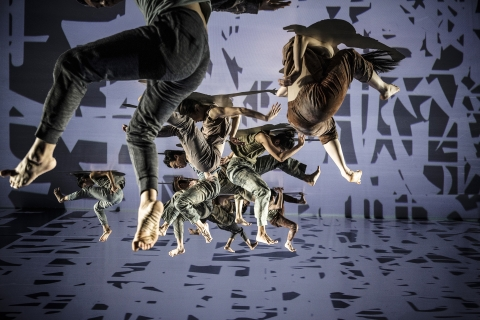 Cloud Gate Dance Theatre in FormosaPhoto Liu Chen-hsiang