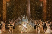 Dutch National Ballet Aurora debutantes glitter in The Sleeping Beauty