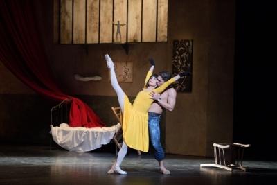 Ivan Vasiliev and Tamara Rojo in Le Jeune homme et la mortPhoto Laurent Liotardo