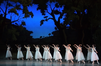 English National Ballet in La SylphidePhoto Laurent Liotardo