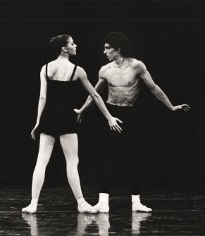 Rachel Beaujean with Clint Farha in Sarcasmen in 1981Photo Jorge Fatauros