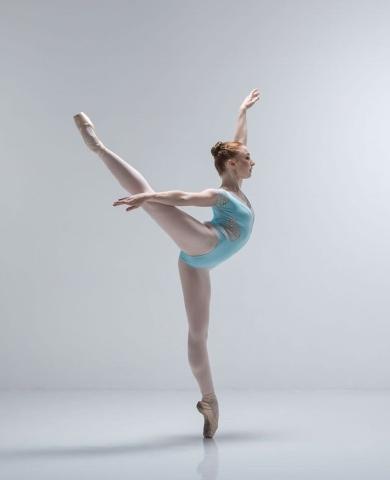 Elmhurst Ballet School Graduate Georgia SmartPhoto Johan Persson
