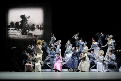 Ballett Zürich in Anna KareninaPhoto Monika Rittershaus