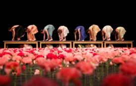 Masterful dance of its time: Tanztheater Wuppertal Pina Bausch in Nelken