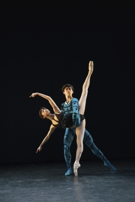 Akane Takada and Benjamin Ella in Danses Concetantes by Kenneth MacMillanPhoto Bill Cooper