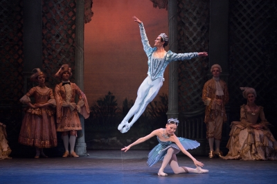 Daniel McCormick as The Bluebird and Rina Kanehara as Princess FlorinePhoto Laurent Liotardo