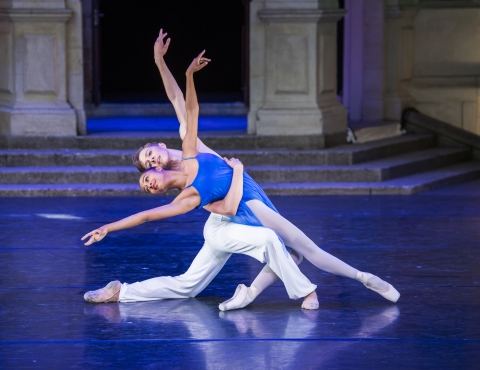 Marianna Tsembenhoi and James Large in Sea Interludes by Andrew McNicolPhoto The Royal Ballet School, Tristram Kenton