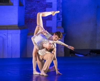 Harris Bell and Rebecca Blenkinsopin Robert Binet's Self & SoulPhoto The Royal Ballet School, Tristram Kenton
