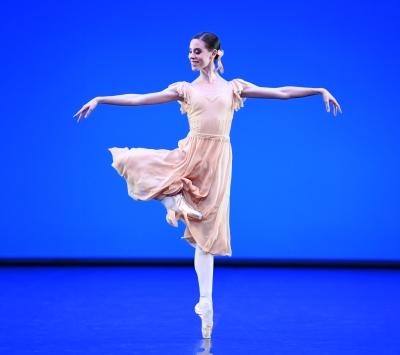 Elisa Badenes in Dances at a Gathering by Jerome RobbinsPhoto Stuttgart Ballet