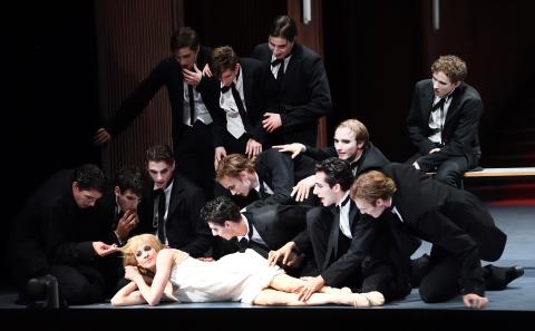 A ballet thriller: Stuttgart Ballet in Lulu. Eine Monstretragödie