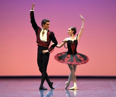 Elisa Badenes and Daniel Camargoin the pas de deux from Maximiliano Guerra's Don QuixotePhoto Stuttgart Ballet