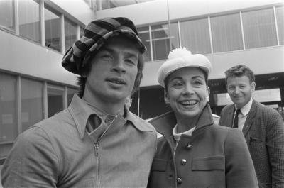 Rudolf Nureyev with Margot Fonteyn at Schipol Airport, Amsterdam in 1968Photo Eric Koch (via Wikicommons)
