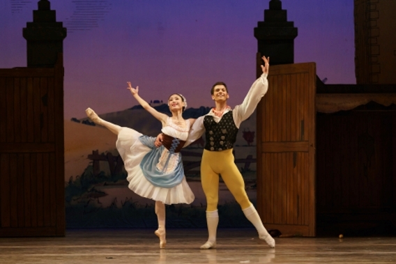 Sunshine and love: Birmingham Royal Ballet in La Fille mal gardée
