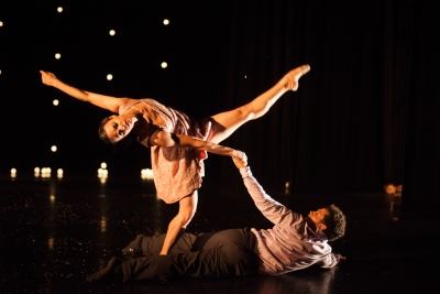 Umanoove in The Knot(dancers: Sara Harton and Dane HurstPhoto Chris Nash