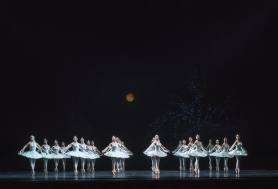 The Royal Ballet in La BayadèrePhoto ROH/Bill Cooper