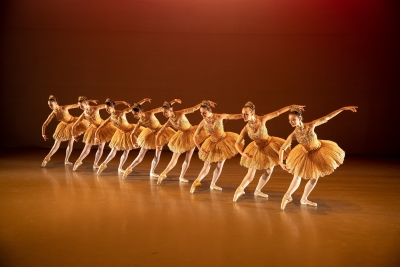 Elmhurst Ballet Company in PaquitaPhoto Andy Ross
