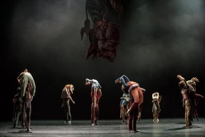Paris Opera Ballet in Les Noces by Pontus Lidberg