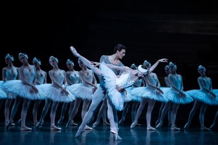 Dancing as if their souls agree: Dorothée Gilbert and Hugo Marchand soar in the Paris Opera Ballet's Swan Lake