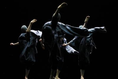 TAO Dance Theater in 4Photo Tao Ye