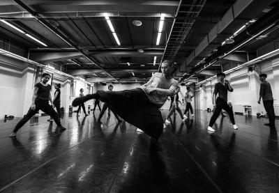 TAO Dance Theater in rehearsalPhoto Zhang Shengbin