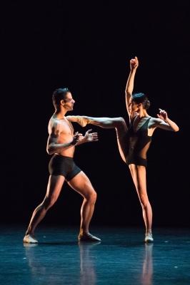 Diana Vishneva and Marcelo Gomes in Vertigo by Mauro BigonzettiPhoto Evgenia Basyrova