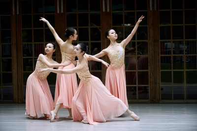 Taiwan Ballet Company in NocturnePhoto courtesy Taiwan Ballet Company
