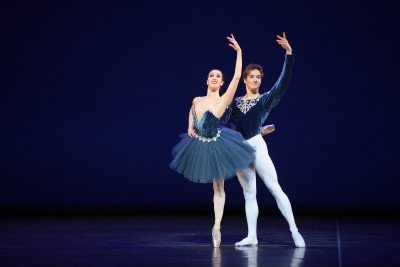 Alice Bellini and Shale Wagman performing Grand Pas ClassiquePhoto Laurent Liotardo