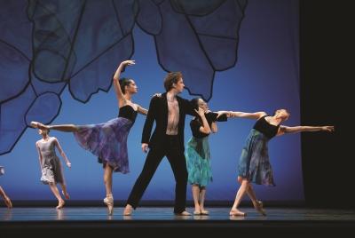 San Francisco Ballet in Alexei Ratmansky's Chamber SymphonyPhoto Erik Tomasson