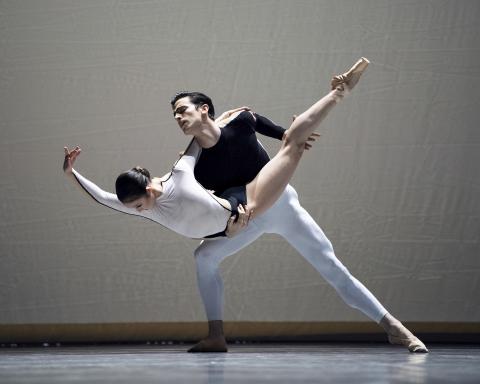 Stylish modernism: San Francisco Ballet in Wheeldon, McIntyre and Dawson
