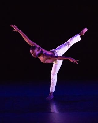 Alexander Fadayiro in Dying Swan by Calvin RichardsonPhoto ASH