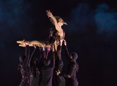 Ballet Central in Kenneth MacMillan's House of BirdsPhoto ASH