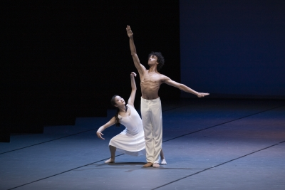 Natsuka Abe and Gabriel Brito of the Bundesjugendballett in Simple Gifts by John NeumeierPhoto Kiran West