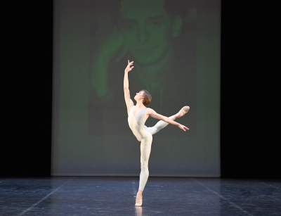 Gabriel Figueredo in Uwe Scholz's Die Schöpfung (The Creation)Photo Stuttgart Ballet