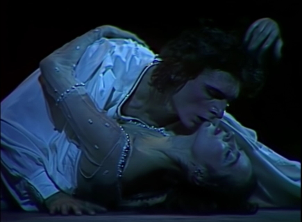 Viktor Dik and Natalya Ledovskayain a still from the film of Yuri Grigorvich's Romeo and Juliet