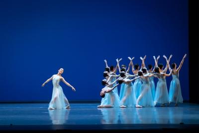 Chua Bi Ru and dancers of Singapore Dance Theatre in SerenadePhoto Bernie Ng